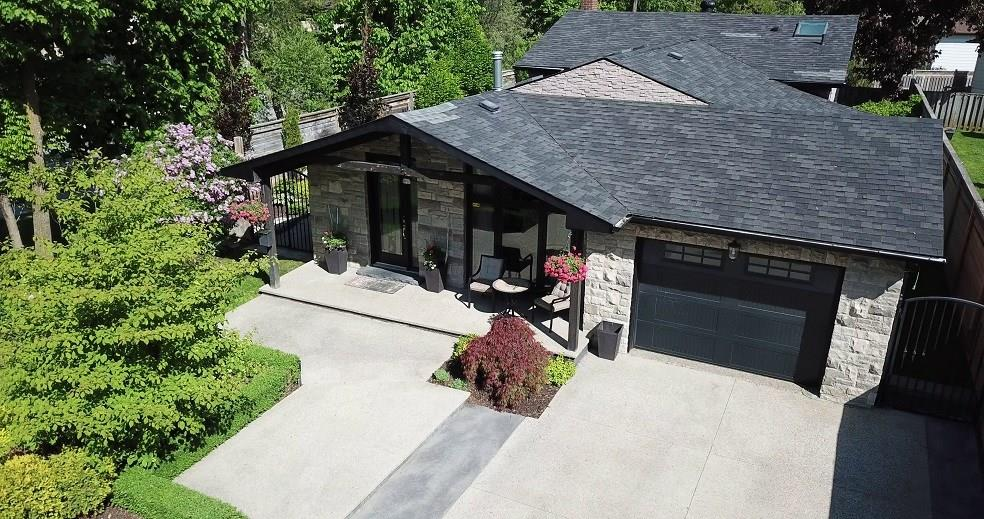 Photo of: MLS# H4055441 2253 IRELAND Drive, Burlington |ListingID=605